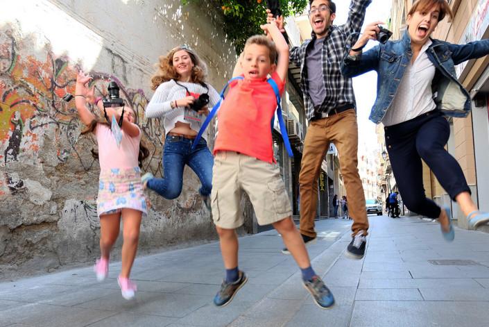 Fotografía para niños y jóvenes en La Ampliadora (GRanada)